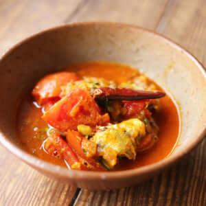 イタリアンのように食べやすい!オイルサーディンとトマトのカレー!