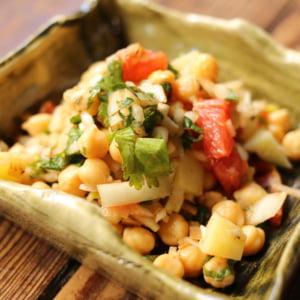 豆のサラダ!簡単本格チャナチャットのレシピ!