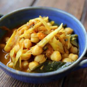 生姜とネギのチャナマサラ(ひよこ豆のカレー)|スパイス・レシピ