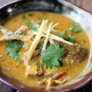 秋の味覚!本格スパイスを使った、大人気秋刀魚カレーのレシピ!